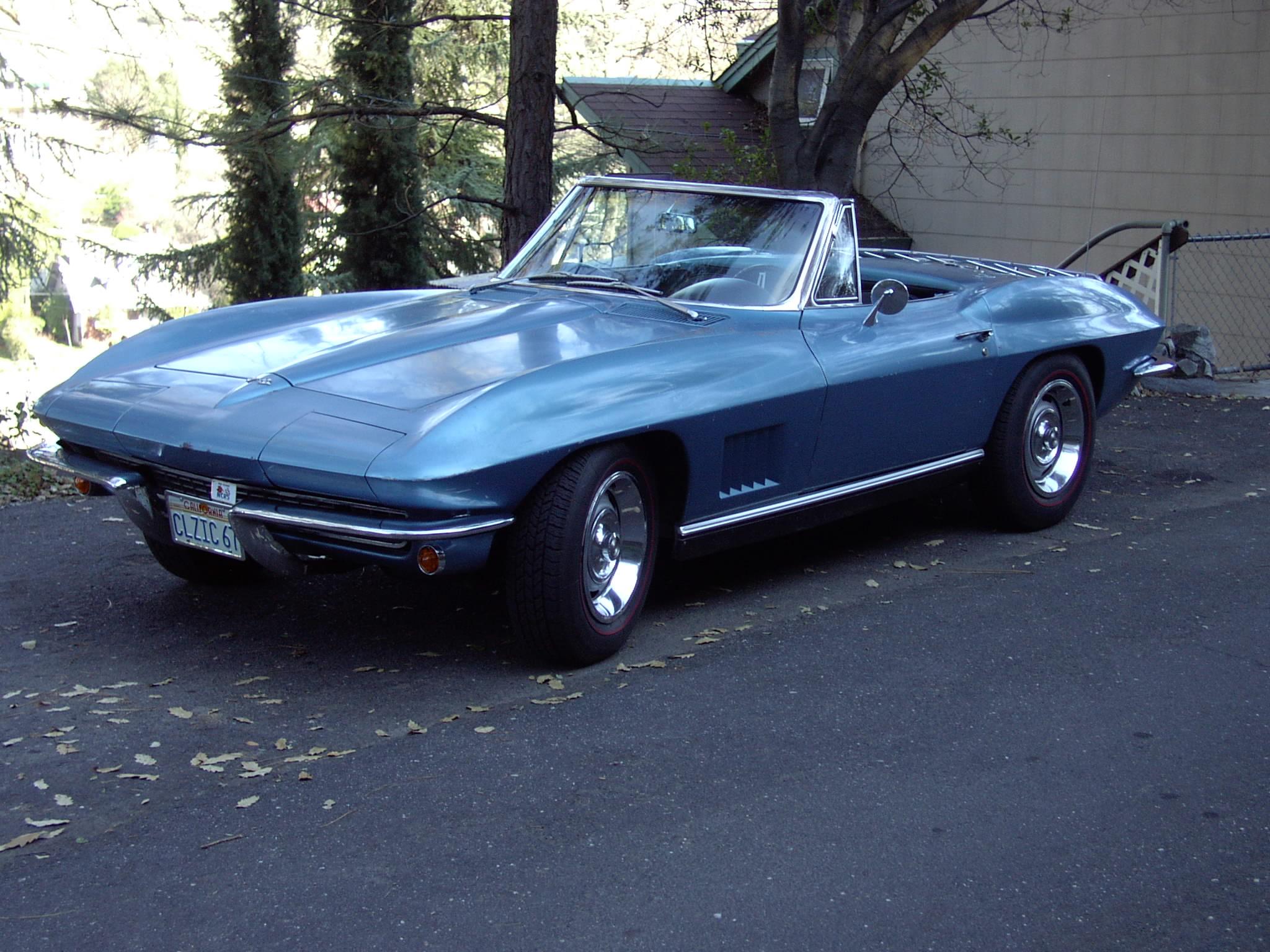 Gerard Fuccillos '67 Corvette