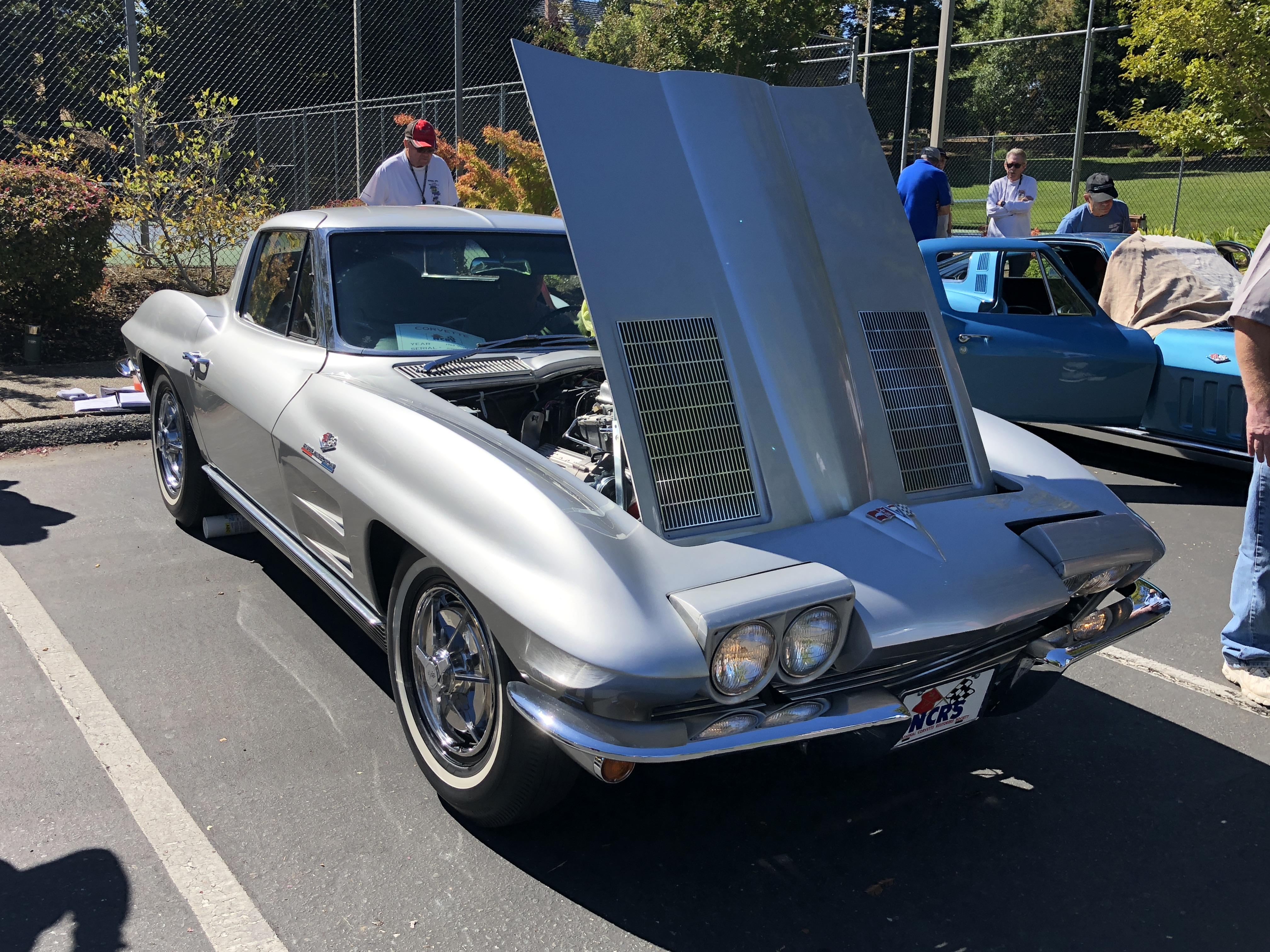 Frank Rodriques' '63 Fuelie SWC Coupe