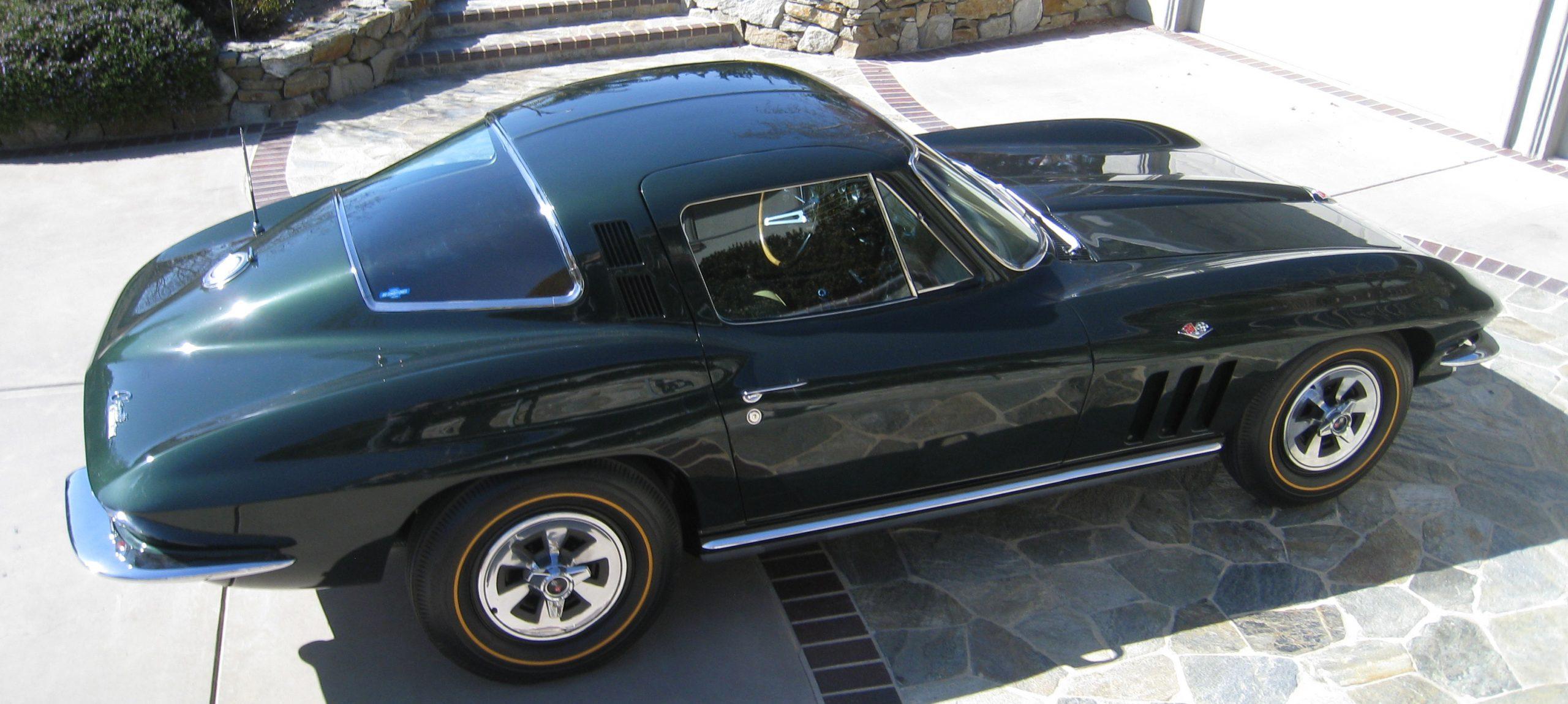 Elliott Pflughaupt's 1965 Corvette coupe